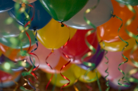 By Nicole Hanusek birthday balloons / party